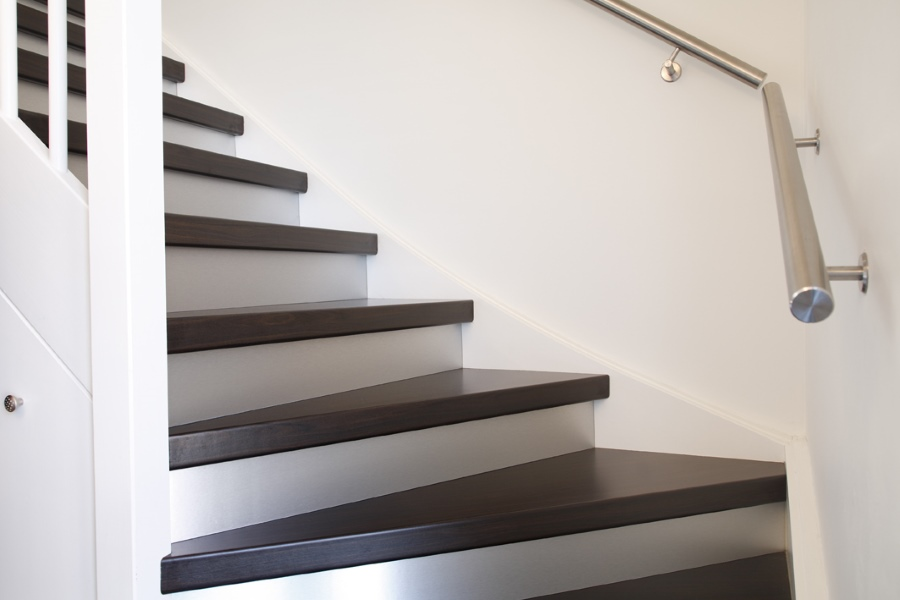 Trap plaatsen 2019 tips over het plaastsen van een trap for Plaatsen trap